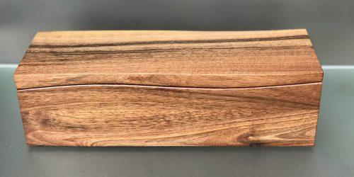 Schmuckdose aus Walnussholz mit Einlegefach